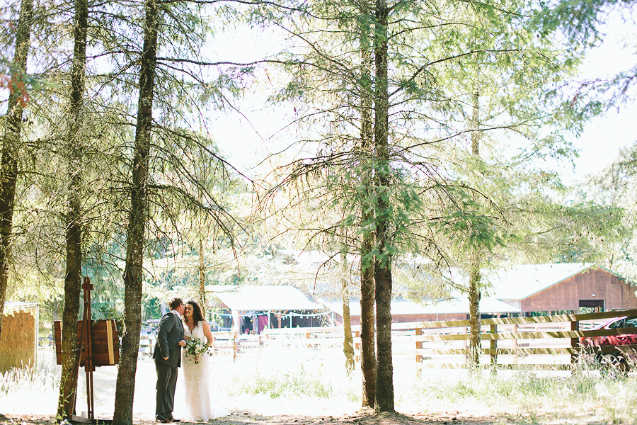 Willamette-Valley-Wedding-Photographs-28.jpg