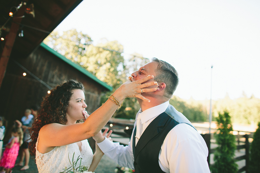 Willamette-Valley-Wedding-Photographs-84.jpg