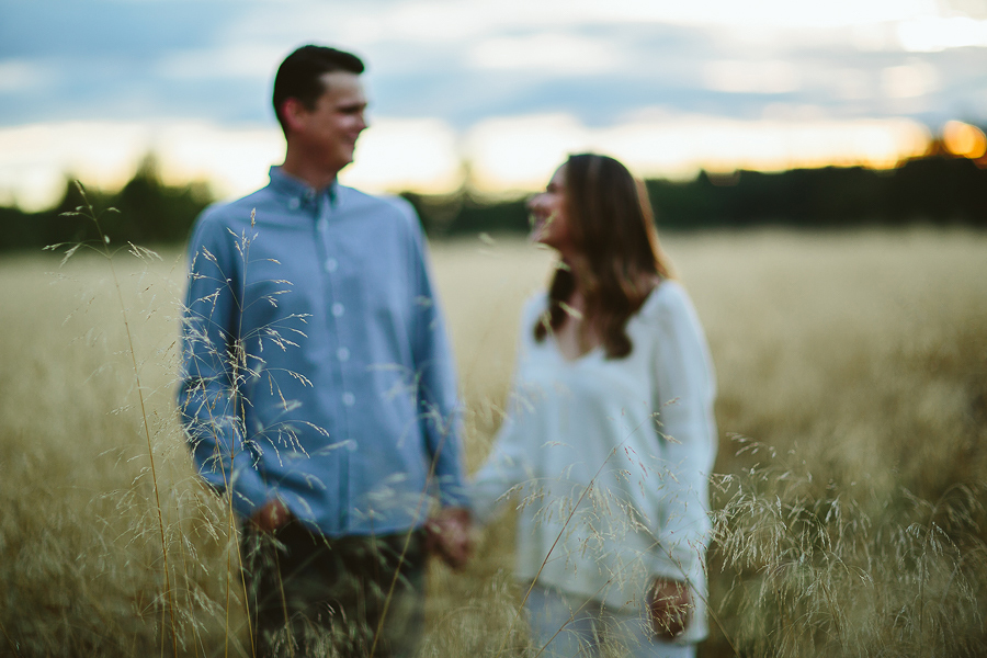 Newberg-Engagement-Photographs-24.jpg