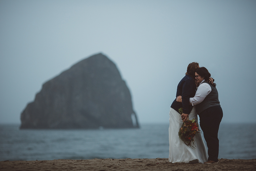 Pacific-City-Wedding-Photographs-11.jpg