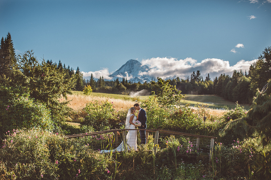 Mt-Hood-Bed-and-Breakfast-Wedding-Photos-80.jpg