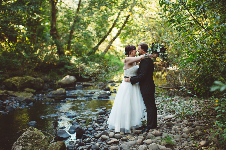 Leach-Botanical-Garden-Wedding-Photos-21.jpg
