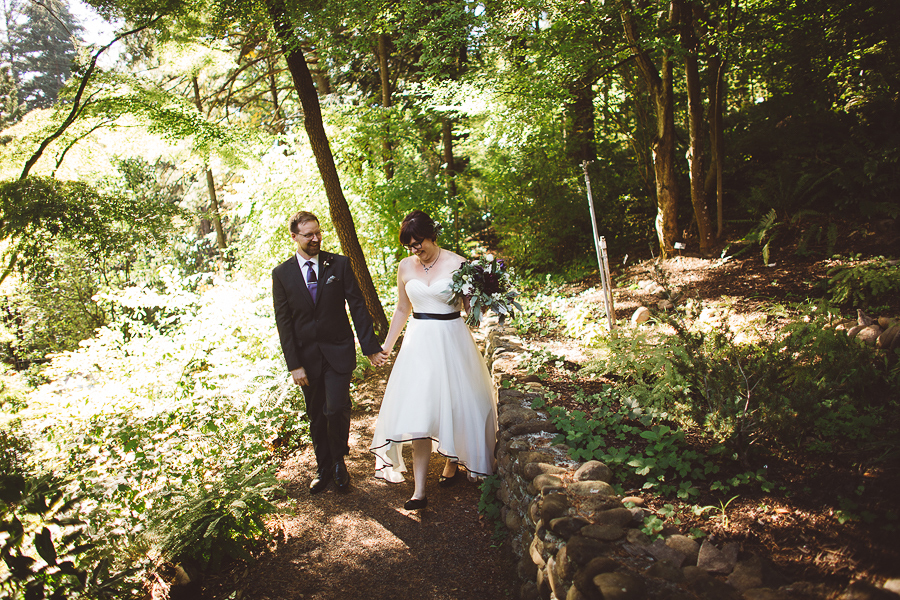 Leach-Botanical-Garden-Wedding-Photos-32.jpg