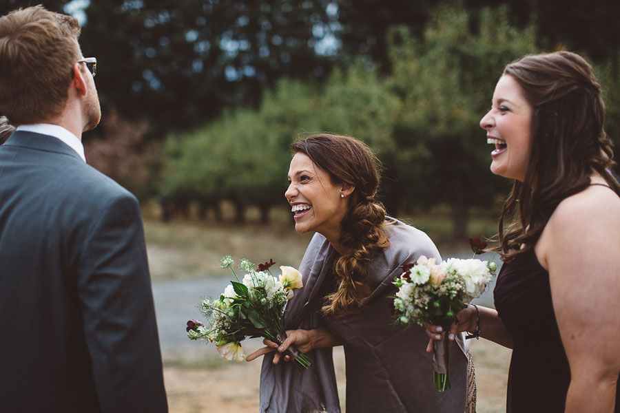 Gorge-Crest-Vineyards-Wedding-Photographs-43.jpg