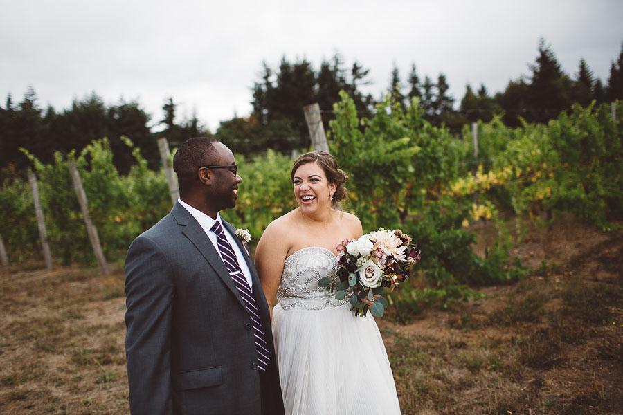 Gorge-Crest-Vineyards-Wedding-Photographs-52.jpg