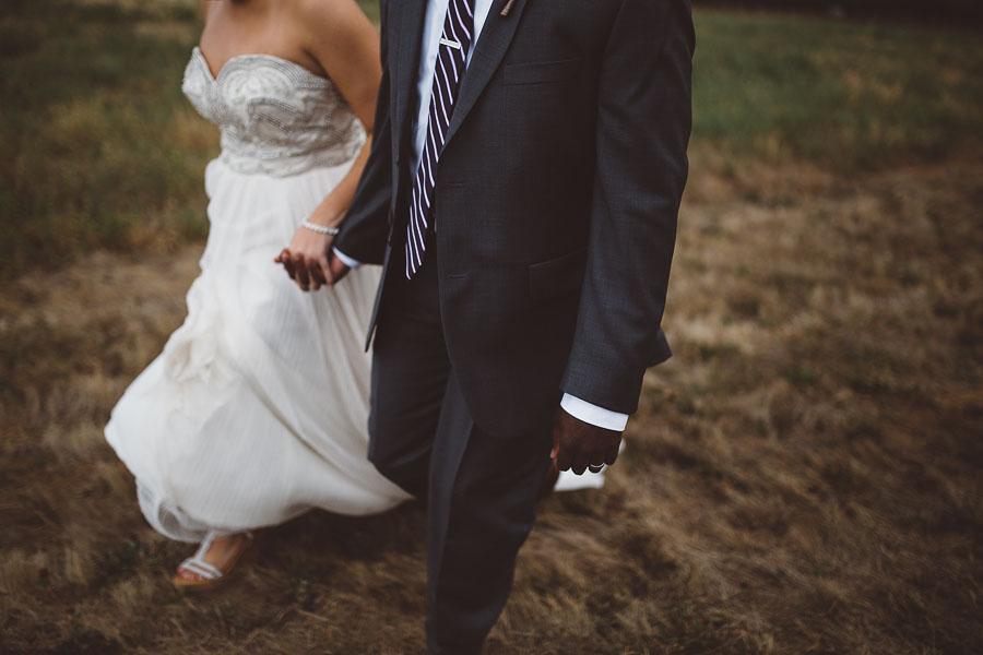 Gorge-Crest-Vineyards-Wedding-Photographs-55.jpg