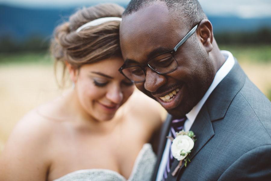 Gorge-Crest-Vineyards-Wedding-Photographs-56.jpg