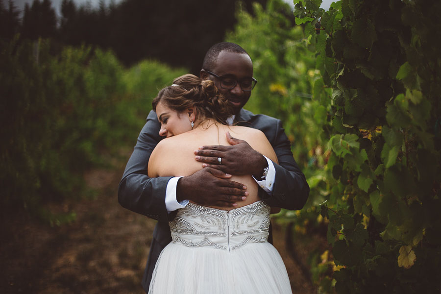 Gorge-Crest-Vineyards-Wedding-Photographs-57.jpg