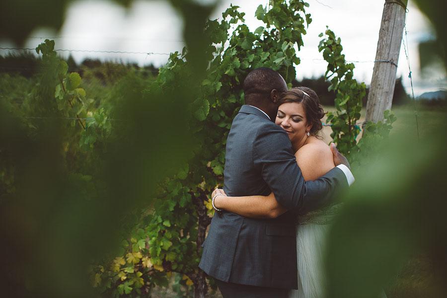 Gorge-Crest-Vineyards-Wedding-Photographs-59.jpg