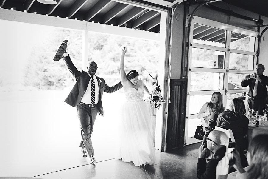 Gorge-Crest-Vineyards-Wedding-Photographs-71.jpg