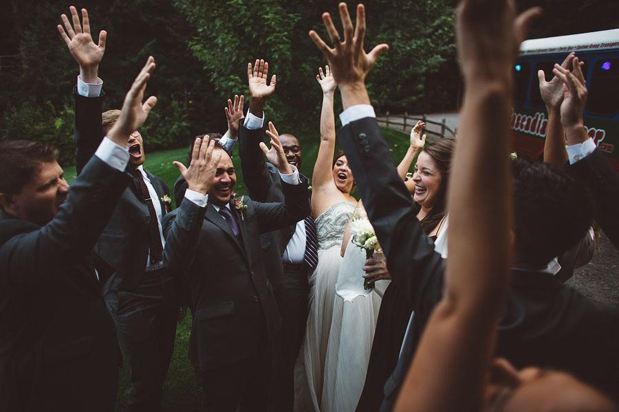 Gorge-Crest-Vineyards-Wedding-Photographs-70.jpg