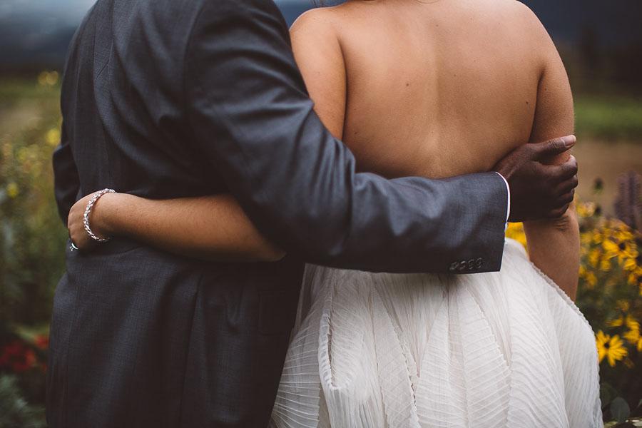 Gorge-Crest-Vineyards-Wedding-Photographs-77.jpg