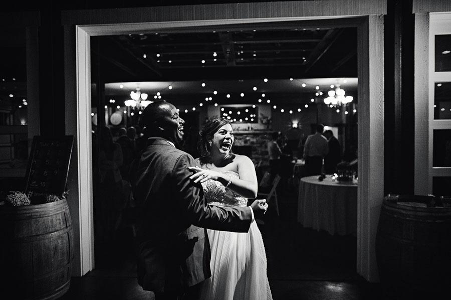 Gorge-Crest-Vineyards-Wedding-Photographs-99.jpg