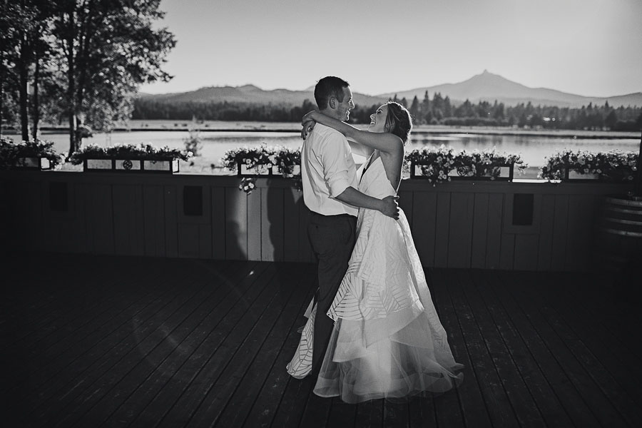 Black-Butte-Ranch-Wedding-Photos-130.jpg