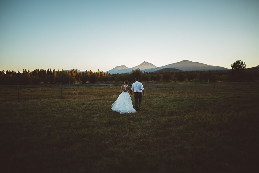 Black-Butte-Ranch-Wedding-Photos-146.jpg