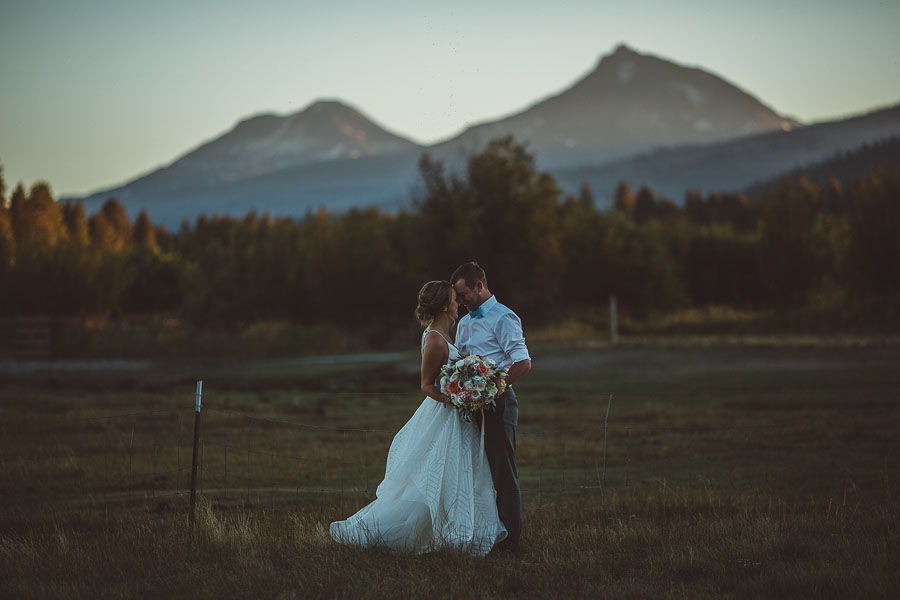 Black-Butte-Ranch-Wedding-Photos-155.jpg