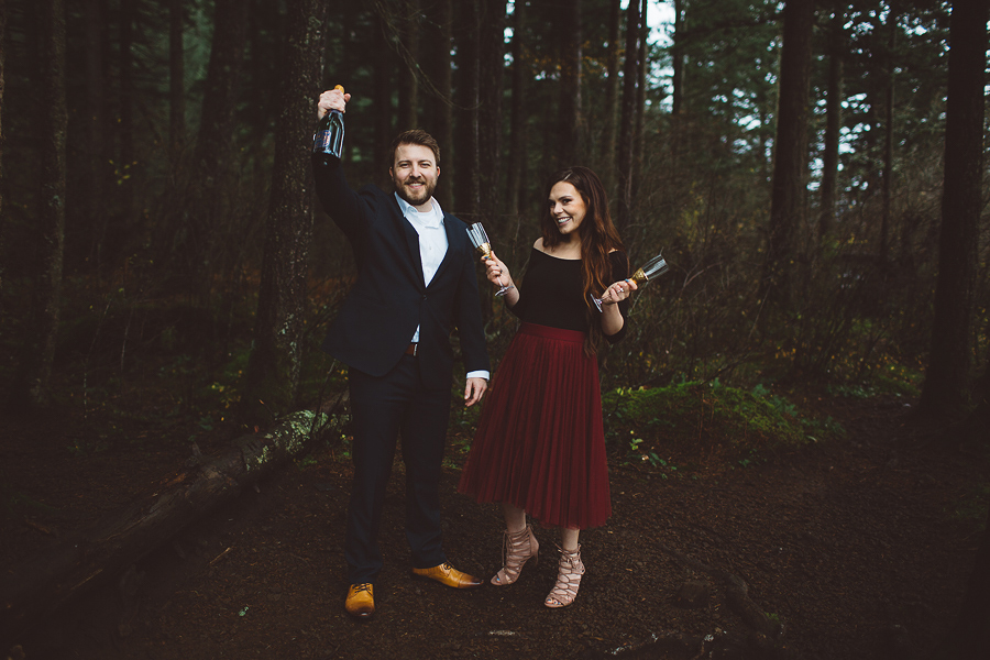 Horsetail-Falls-Engagement-Photos-25.jpg