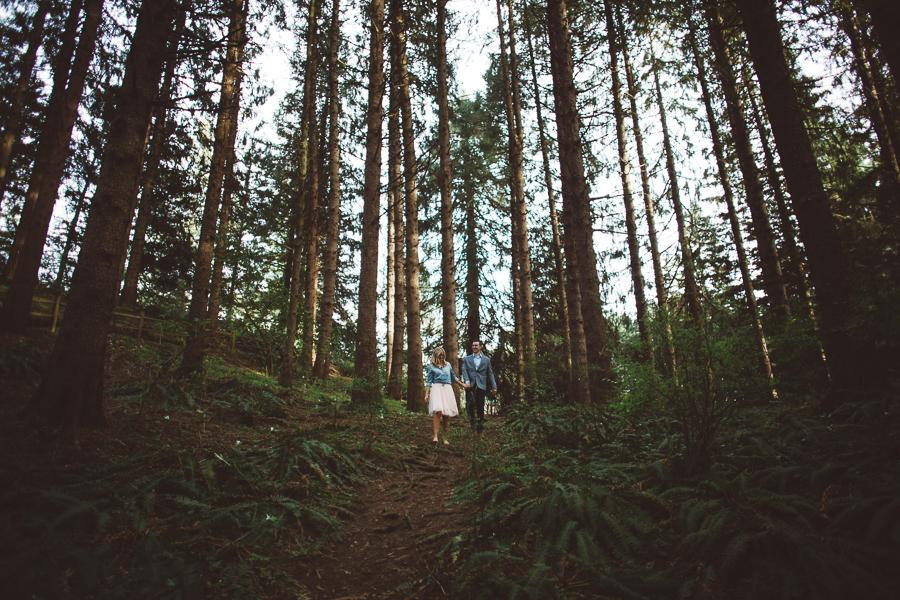 Hoyt-Arboretum-Engagement-Photographs-1.jpg