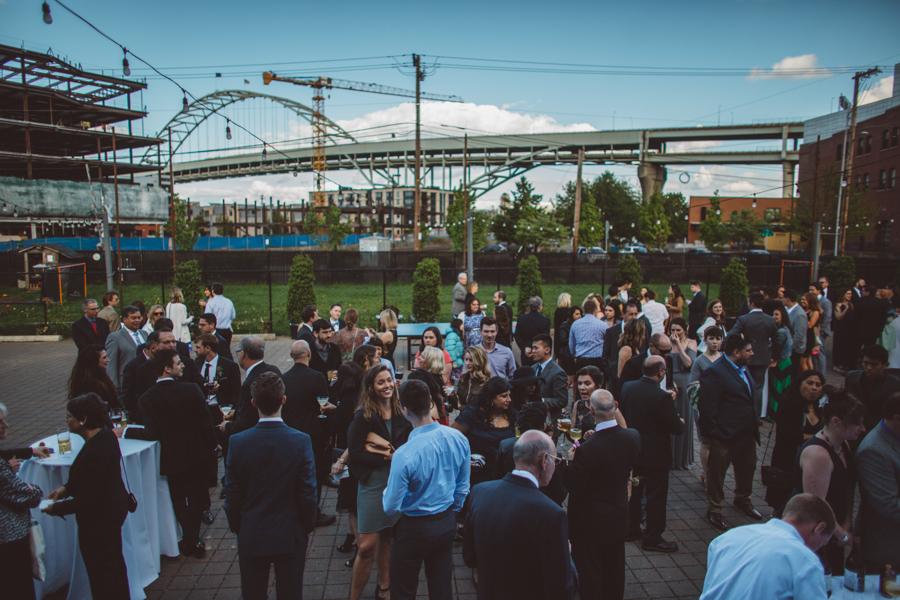 Castway-Portland-Wedding-Photos-10.jpg