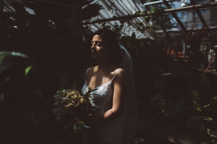 Castaway-Portland-Wedding-Photos-37.jpg