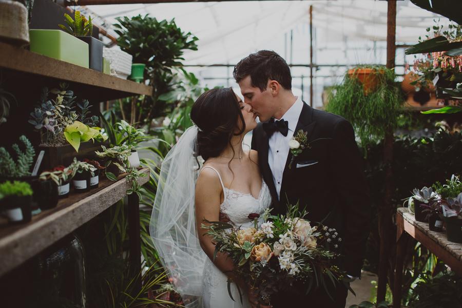Castaway-Portland-Wedding-Photos-42.jpg