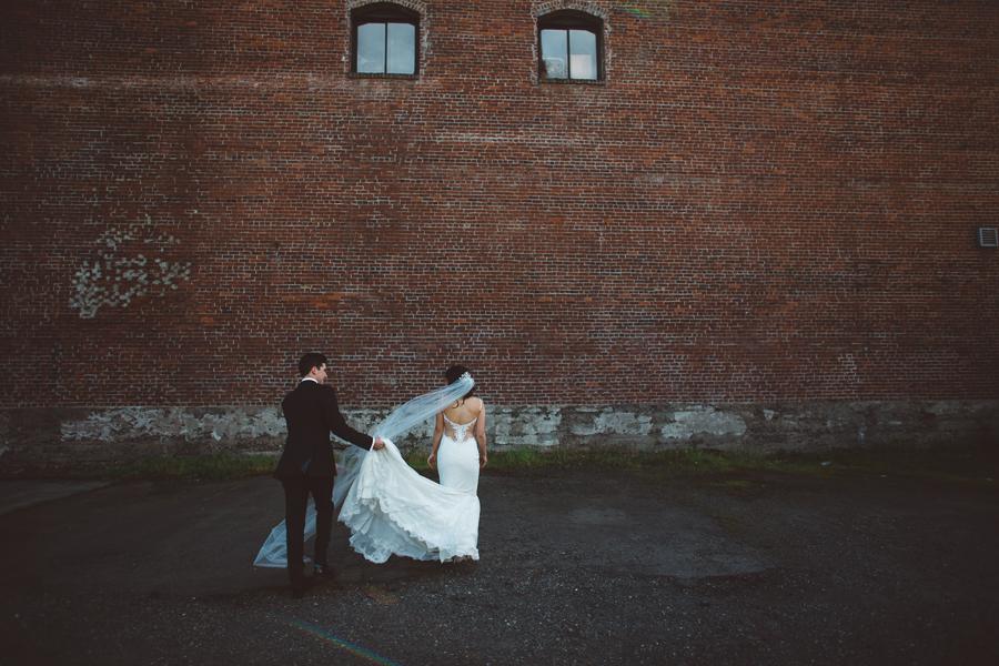 Castaway-Portland-Wedding-Photos-44.jpg