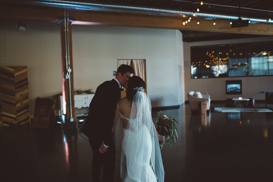 Castaway-Portland-Wedding-Photos-83.jpg