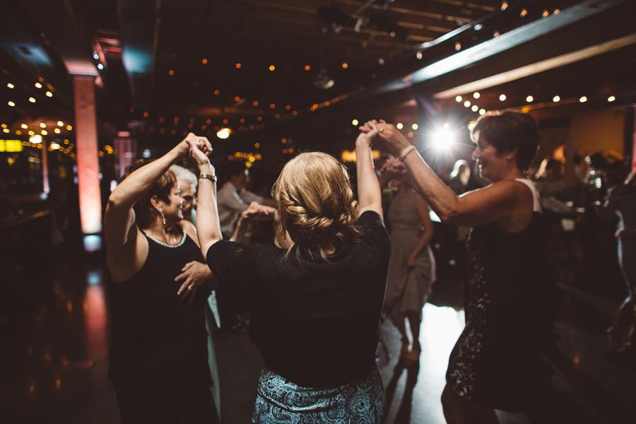 Castaway-Portland-Wedding-Photos-173.jpg