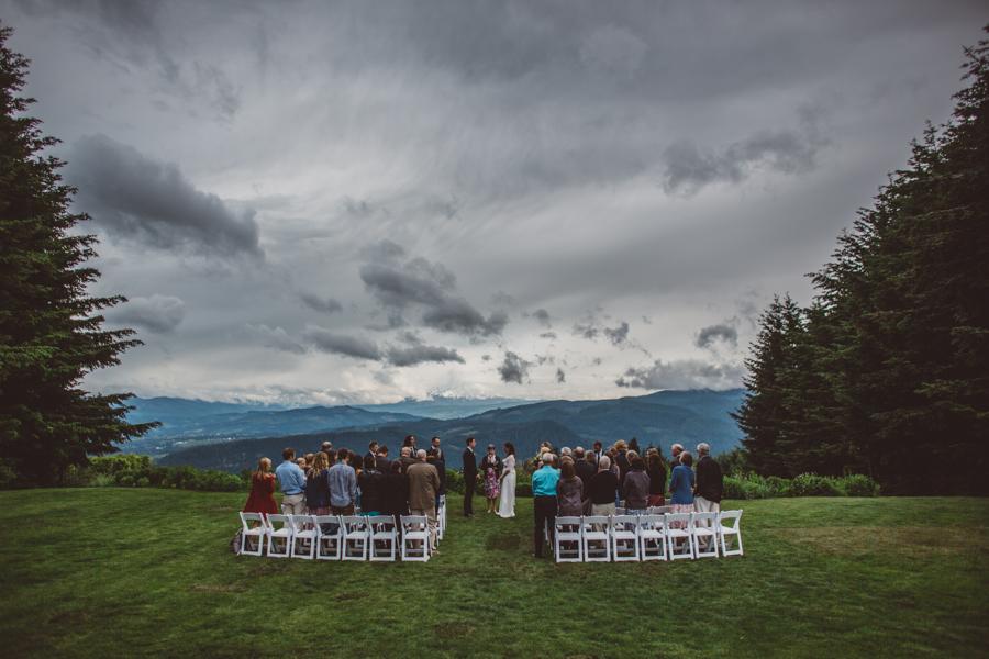 Gorge-Crest-Vineyards-Wedding-6.jpg