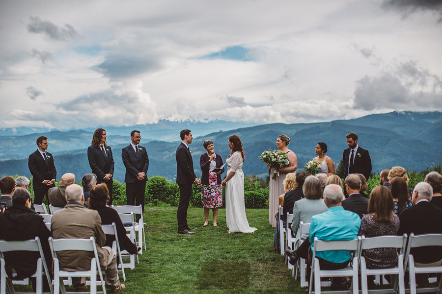 Gorge-Crest-Vineyards-Wedding-Photos-72.jpg