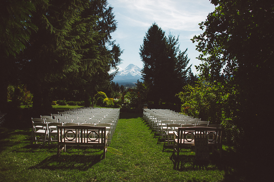 Mt-Hood-Organic-Farms-Wedding-Photographs-50.jpg