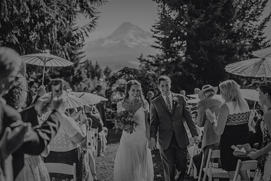 Mt-Hood-Organic-Farms-Wedding-Photographs-79.jpg