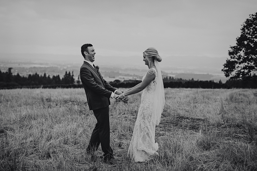 Vista-Hills-Vineyard-Wedding-Photos-13.jpg