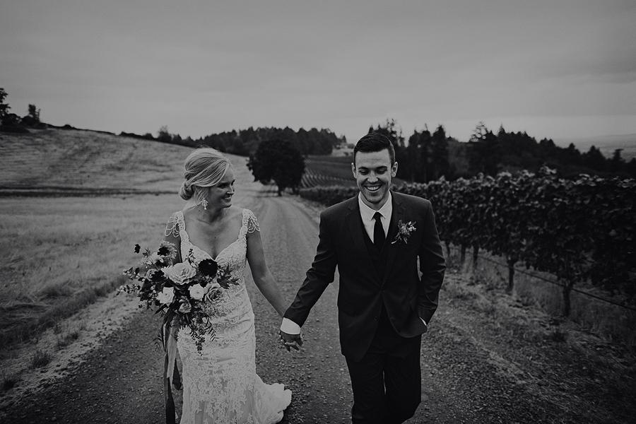 Vista-Hills-Vineyard-Wedding-Photos-31.jpg