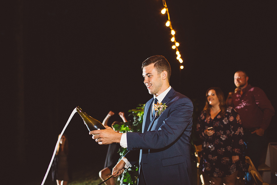 Vista-Hills-Vineyard-Wedding-Photos-105.jpg