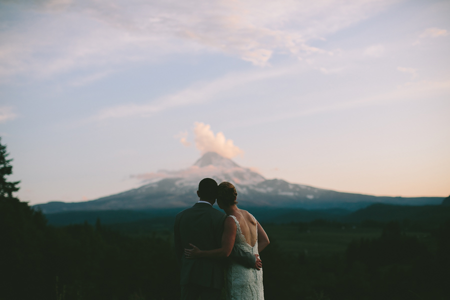Mt-Hood-Wedding-Photographer.jpg
