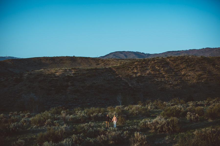 Boise-Foothills-Engagement-Photographer-4.jpg