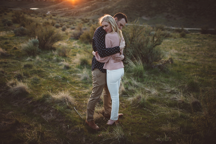 Boise-Foothills-Engagement-Photographer-31.jpg