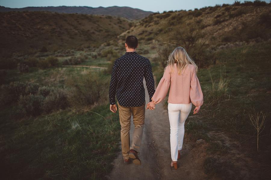 Boise-Foothills-Engagement-Photographer-34.jpg