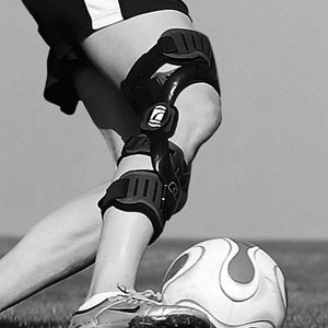SPORTS MEDICINE Vancouver Orthopedic Group works with athletes of all ages and types, from children to active seniors, from Paralympic to Olympic competitors. Our integrated approach to managing performance and function is based on visual, computerized, and dynamic assessments.