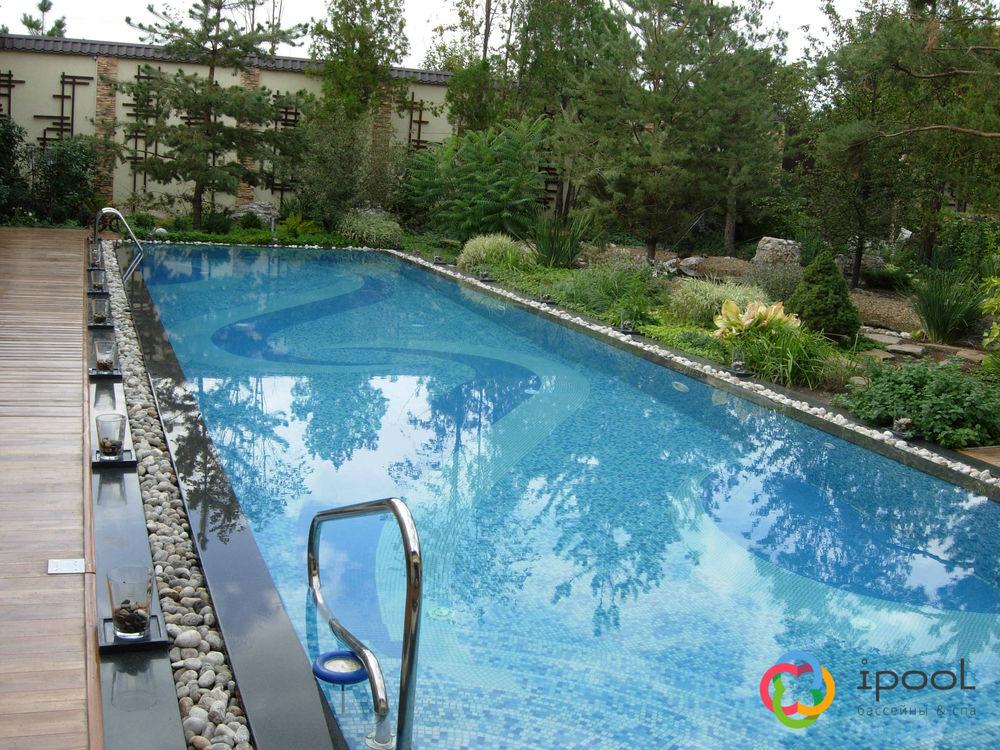 Переливной бассейн с мраморным бортом.JPG