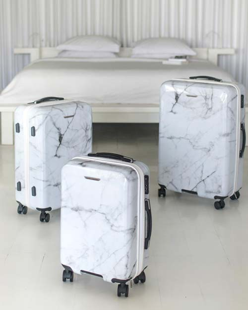 luggages-by-Pascal-Morabito-white-marble.jpg