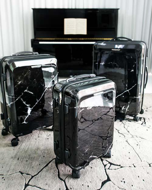 luggages-by-Pascal-Morabito-black-marble.jpg