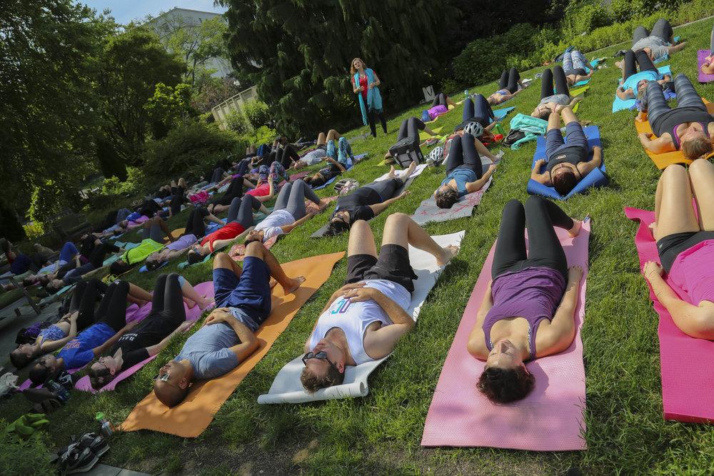 Yoga-4.jpg