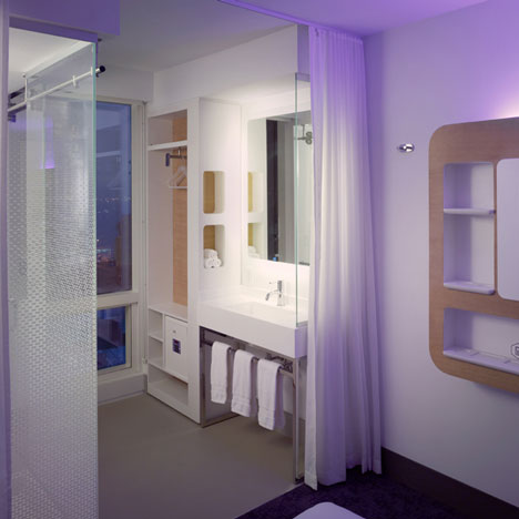 dezeen_Yotel-New-York-by-Softroom-and-Rockwell-Group_26.jpg