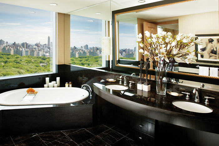 new-york-suite-room-oriental-suite-bathroom.jpg