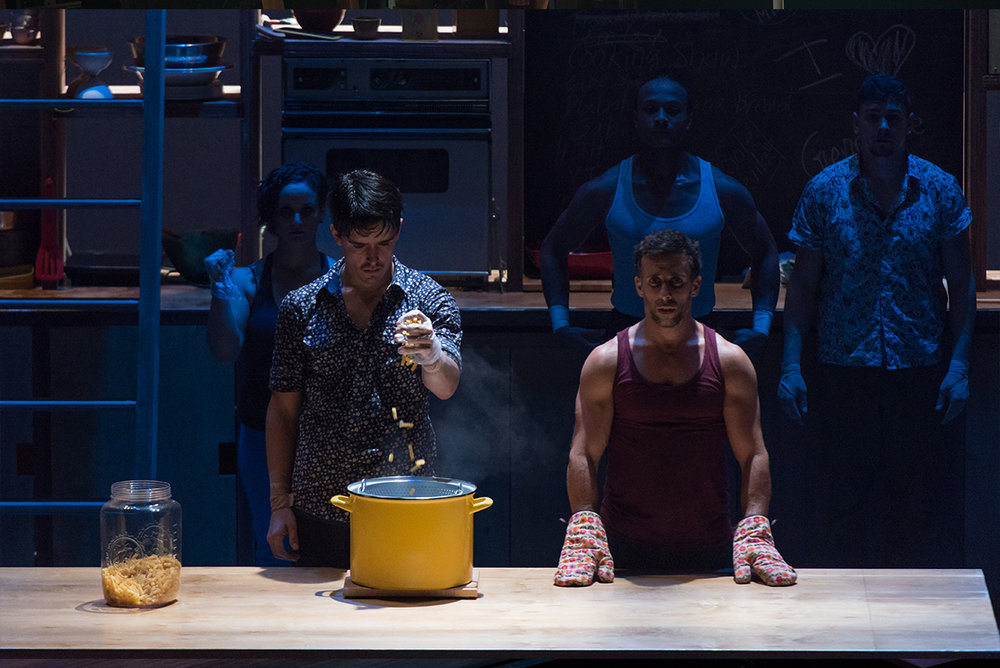 Culture&Music - 7Fingers - Cuisine and Confessions - 2 actors.jpg
