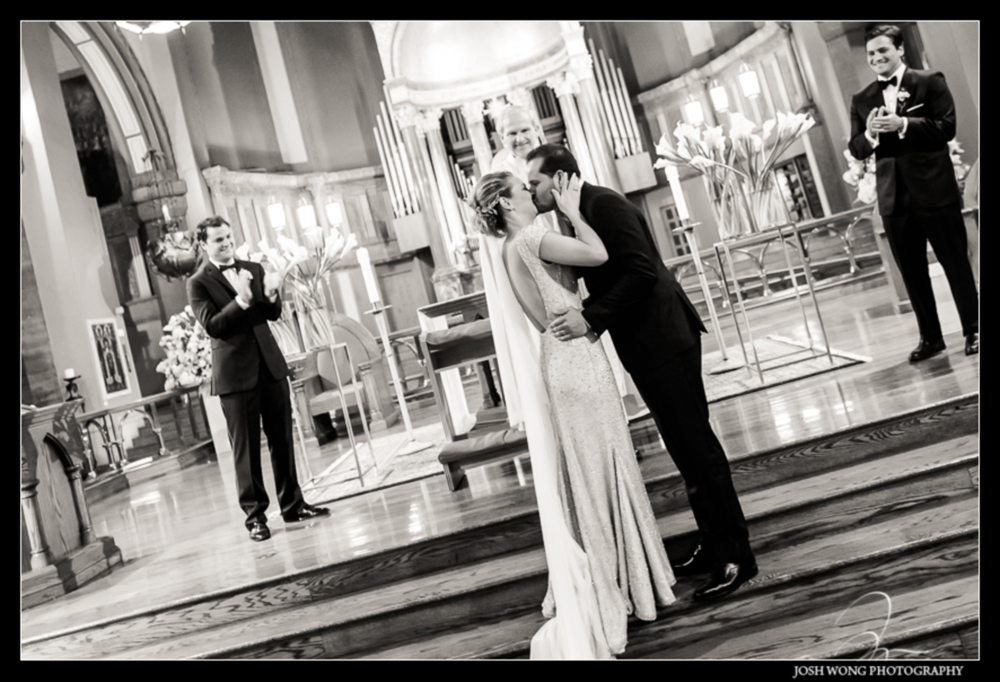 Weddings-Martina-Campos-Rafael-Quintella-NYC-Kiss.jpg