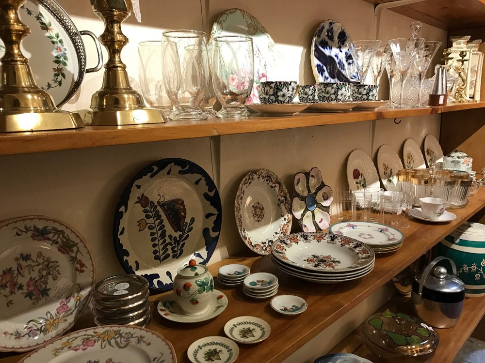 Ladies-Pippin-Vintage-Jewelry-Home-Decor-Dishes.jpeg