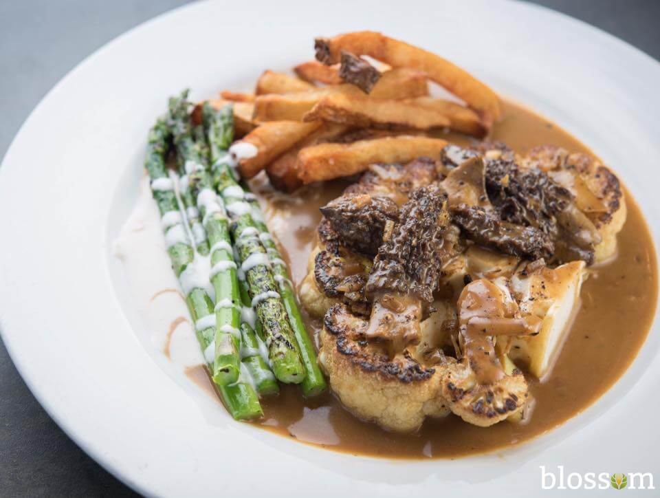 Dining-3-Vegan-Restaurants-Blossom-Cauliflower-Steak-at-Poivre.jpg